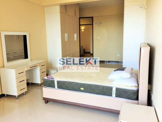 Stunning 2 Bedroom Apartment With Sea View image 6