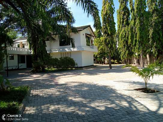 14 bed house at mikocheni $2000pm image 1