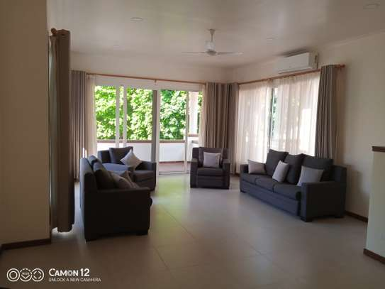 4bedroom Luxury town house to let in oyster bay image 10