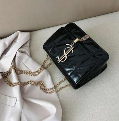 2021New trendy Fashion Casual All-match chain shoulder bag image 2