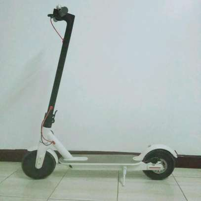 XIAOMI ELECTRIC SCOOTER image 1