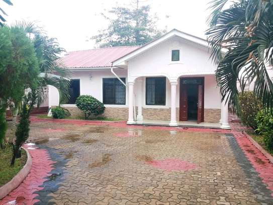 HOUSE FOR RENT STAND ALONE IN MBEZI BEACH RAINBOW PRICE TSH MLN 1 image 1