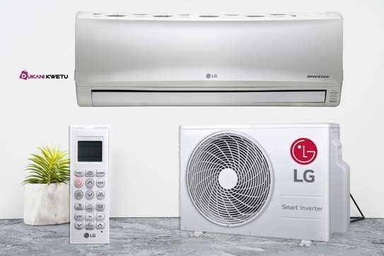 12000BTU LG AIR CONDITIONERS - INVERTER TYPE