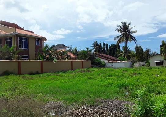 900 Square Meters Residential Land / Plot in Mbezi Beach image 1