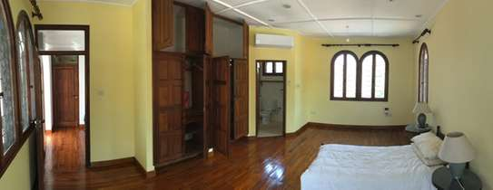 Large Spacious 3 Bedroom house in the much sought after Oyster Bay Area with great Sea Views. image 8