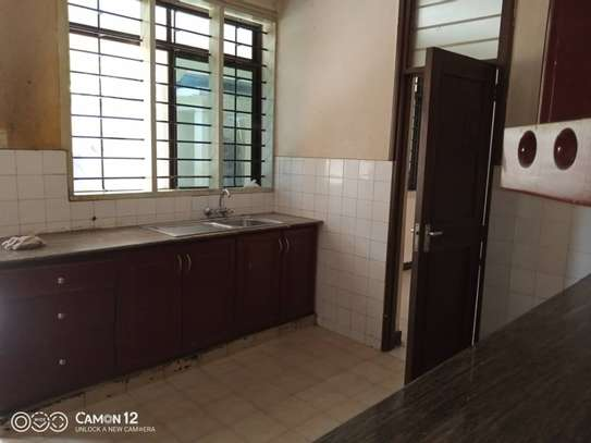3bed house  for sale at masaki 922sqm image 14