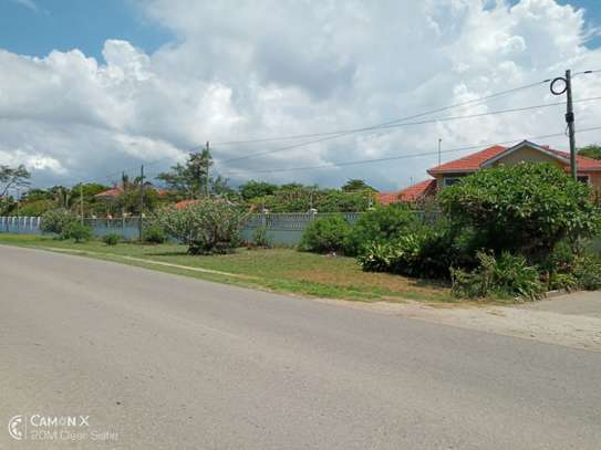 4 bed room house sea view for rent at oyster bay toure drive image 2