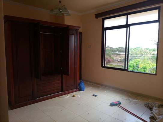 3 Bedrooms apart for rent at masaki image 9