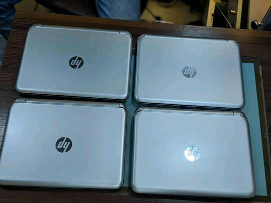 Hp Notebook 215 image 5