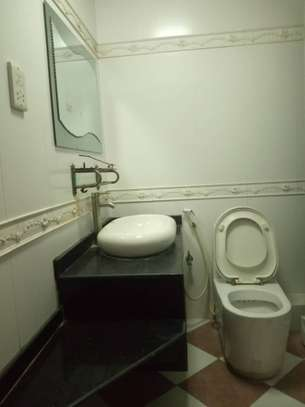 4bedroom apartment at city centre $300,000 image 12