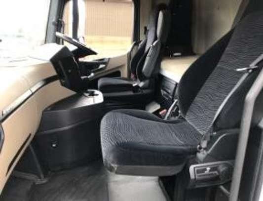 2013 Mercedes-Benz ACTROS 2545 6X2 MIDLIFT TSHS 60MILLION ON THE ROAD image 4
