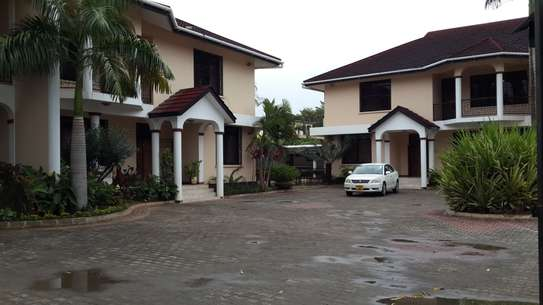 3/4 Bedroom House Double Gated at  Oysterbay image 3