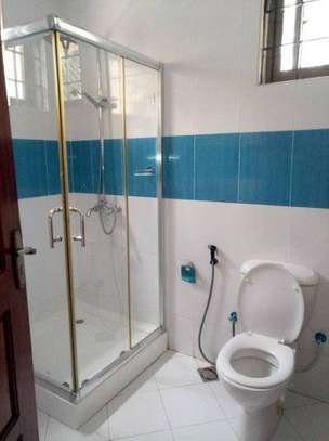 4bed house along main rd kawe beach $1300pm i deal for office cum residance image 6