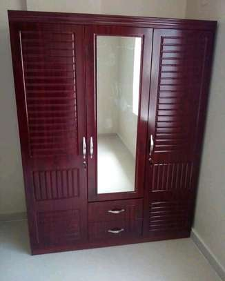Dressing cupboard image 1