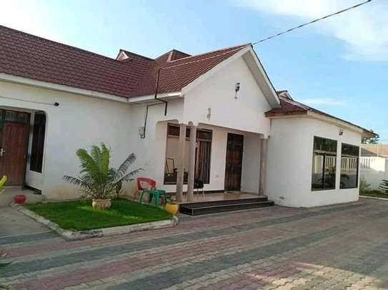 House for sale at madale image 4