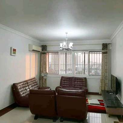 4 BEDROOM APARTMENT FOR RENT image 1