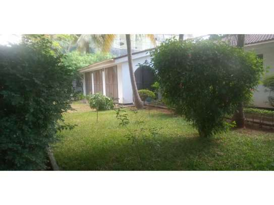 4 bed room house with gest wing and stand by generator for rent at masaki image 5