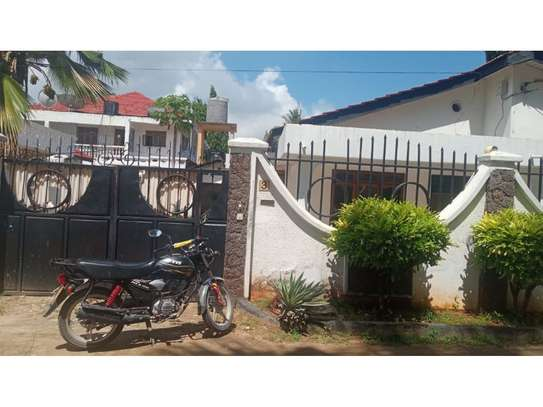 3bed house at mikochen b th 1,000,000 image 4