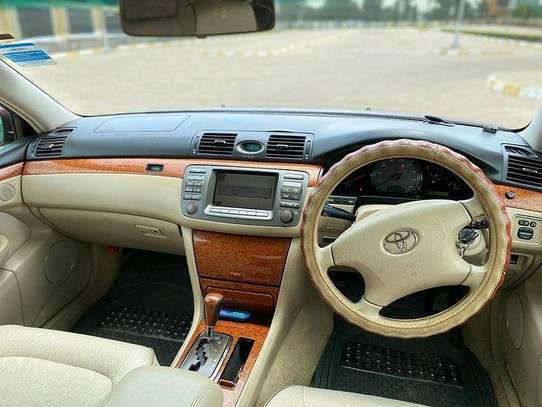 2005 Toyota Brevis image 10