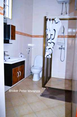 HOUSE FOR RENT image 13