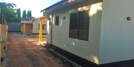 2bed villa in the compound at mbeach tsh500000 image 8