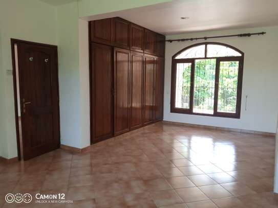 4bdrm house for rent in masaki image 5