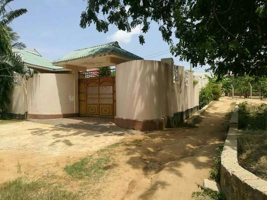 3 Bedrooms House for Sale, Bunju A image 4