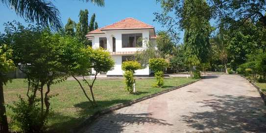 MANSION FOR SALE- Ununio - Bahari zoo image 1