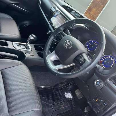 2018 Toyota Hilux Double Cabin image 7