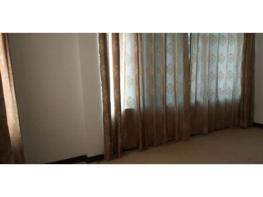 2bed house at oyster bay $700pm image 6