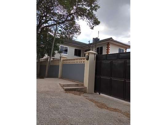 4bed house at mikocheni $2000pm image 9