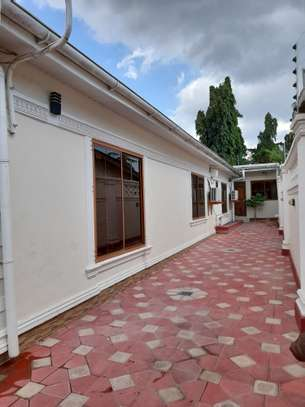 3bedroom standalone house to let in Mikocheni image 1