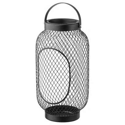Candle holder mesh framed