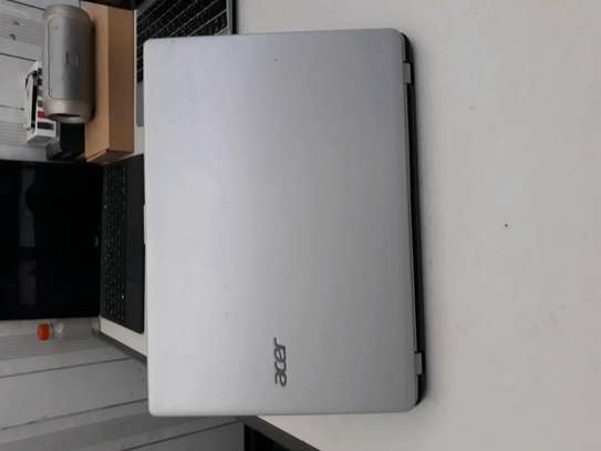 Acer Aspire V5 AMD A4 Touch screen medium size