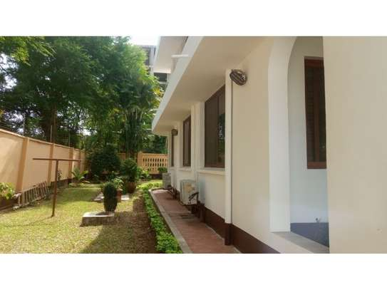 4 big house oom for rent at masaki image 4