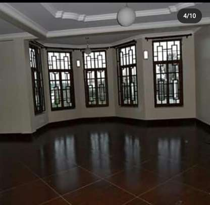 A NICE 3BEDROOMS APPARTMENT AT NJIRO BY PASS image 3