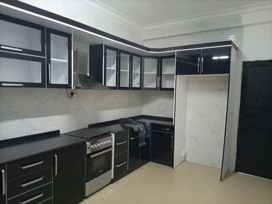 Two bedroom apart for rent OYSTERBAY image 4