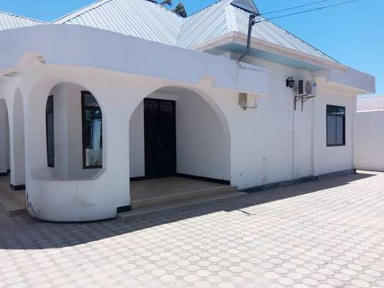 HOUSE FOR RENT AREA D' DODOMA image 1
