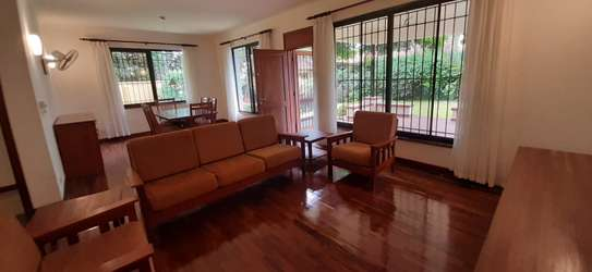 4 bedrooms Home In Oysterbay For Rent image 11