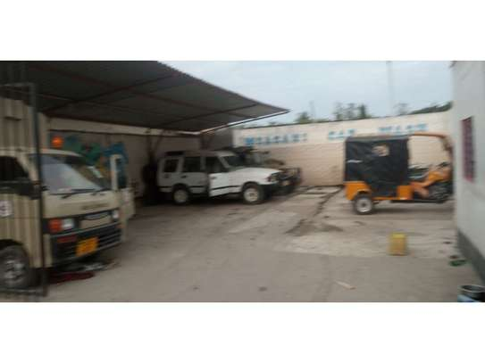 car wash at msasasani along main rd 300sqm image 6
