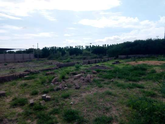 PLOT FOR SALE FOR  SCHOOL CONSTRUCTION DODOMA image 1