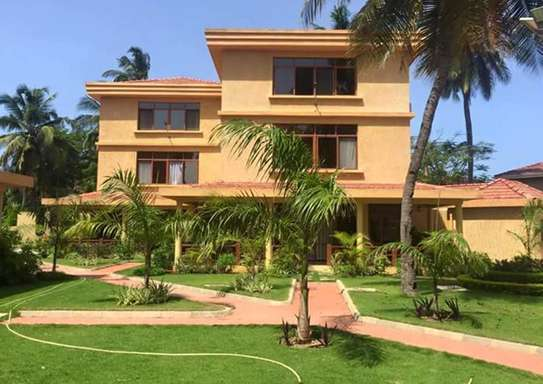 3 Bedroom Fully Furnished Villa House in Mbezi Beach image 1