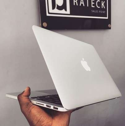 macbook Pro retina 256gb 2014model