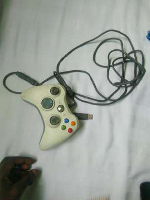 Xbo360 Controller image 2