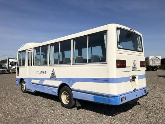 1994 Hino RAINBOW BUS 29SEATER TSHS 35MILLION ON THE ROAD image 3
