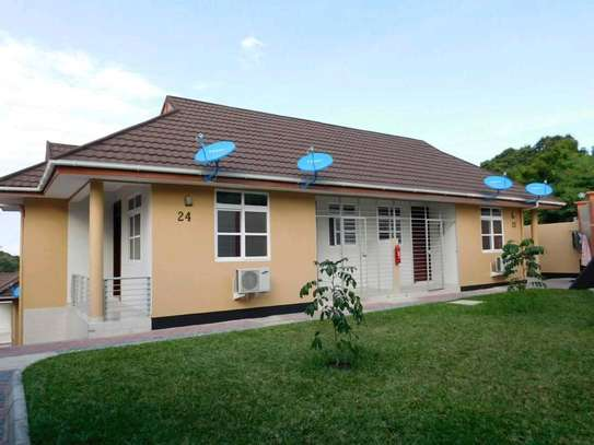 2BEDROOMS APARTMENT 4RENT AT  MBEZI BEACH AFRICAN image 6
