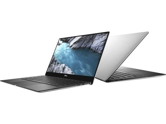 DELL XPS 13 i7-8th Generation 4K image 3