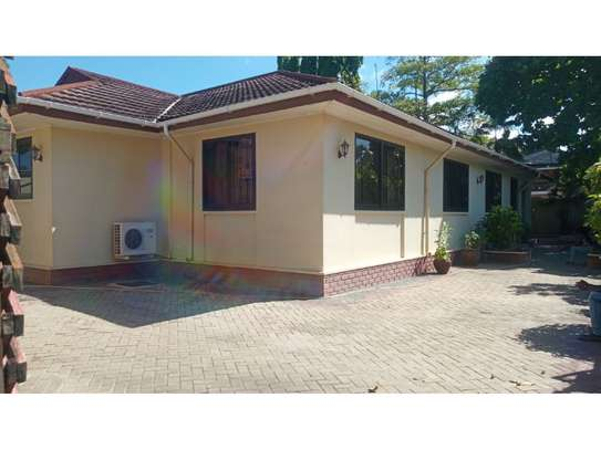 4bed house at mikocheni $1000pm image 7