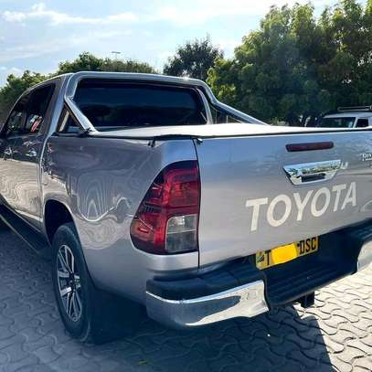 2018 Toyota Hilux image 5