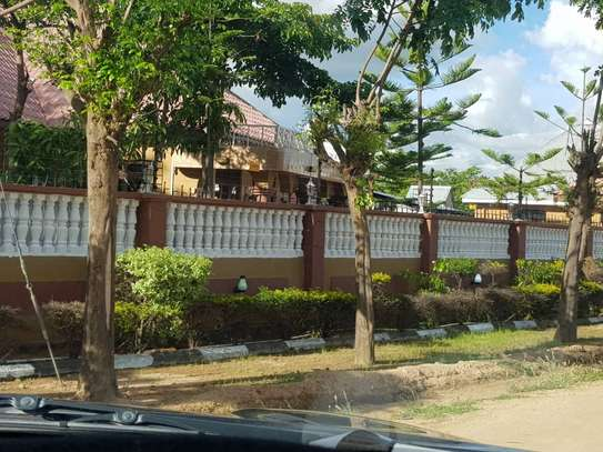 5 Bed Room Bungalow for rent in Dodoma town- Multipurpose. image 12